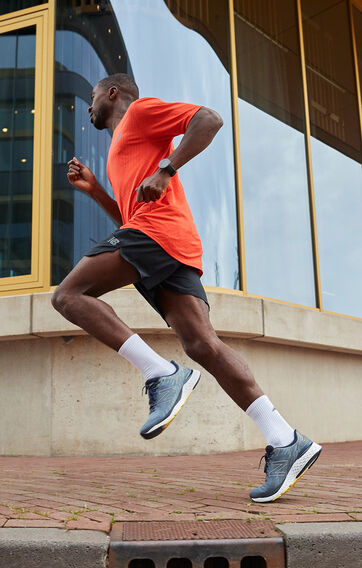 running model with new balance shoes